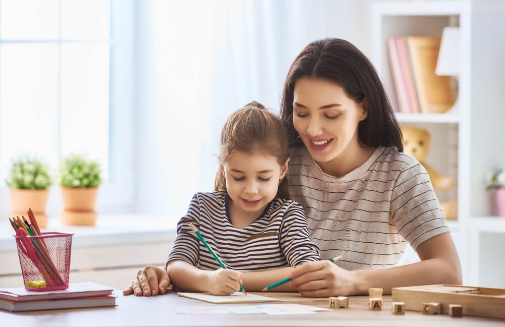 The mother is teaching her daughter to identify her kid weaknesses and to improve it. LearnZoe has the same strategy to teach kids online.